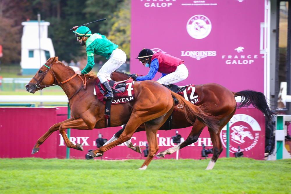 SOTTSASS vainqueur du Prix de l'Arc de Triomphe 2020 à Paris Longchamp